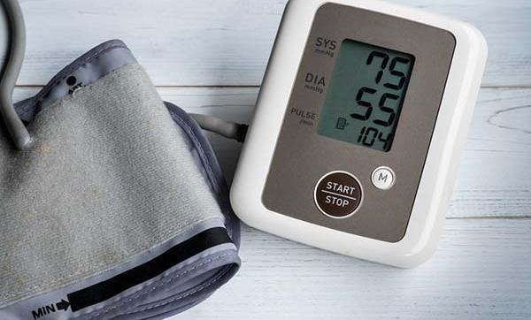 diétás kezelés a magas vérnyomás a magas vérnyomás standardok szerinti kezelése