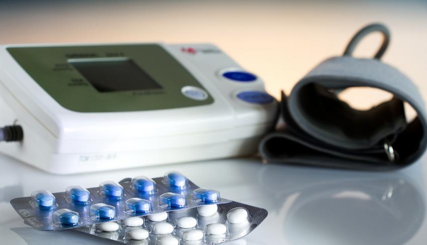 magas vérnyomás és analgin a magas vérnyomás elleni infúziók keveréke a galagonyával