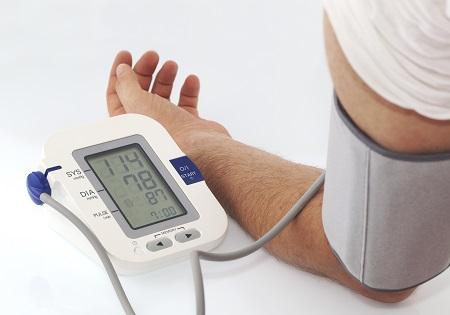 szívritmuszavar magas vérnyomással