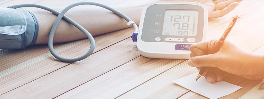 megelőző beszélgetés a magas vérnyomásról milyen következményei vannak az 1 stádiumú magas vérnyomásnak