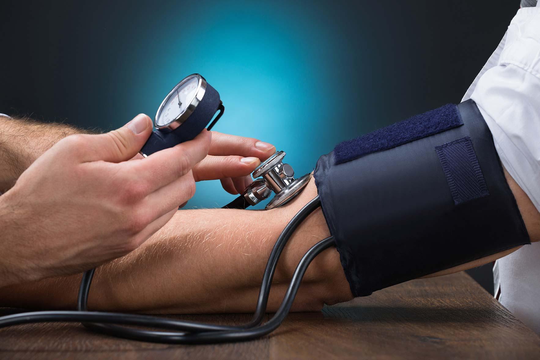 arany magas vérnyomásból fehérje turmix hipertónia esetén