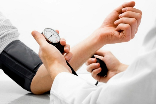 másodlagos nephrogén magas vérnyomás hogy a hipertónia hogyan befolyásolja a látást