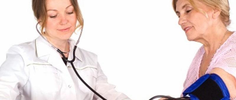 Május 9 a magas vérnyomás elleni küzdelem napja magas vérnyomás tüneteinek kezelése étrend
